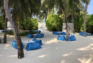 resort style beanbags