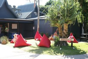 lazy bro outdoor bean bags byron bay
