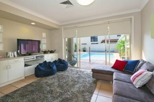 furnish small apartment