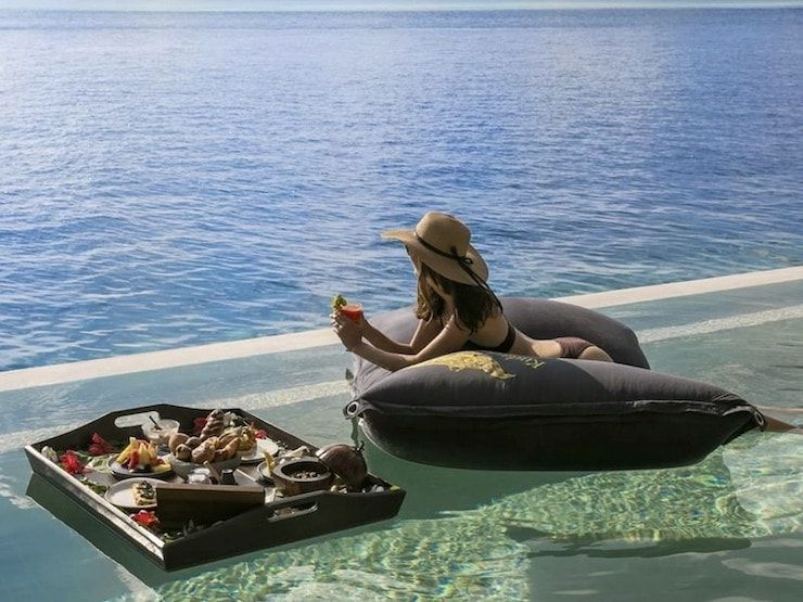 Kudadoo Private Island Pool Bean Bags